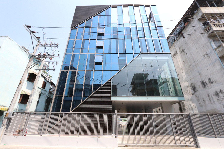 Office Building Jaruankung 43